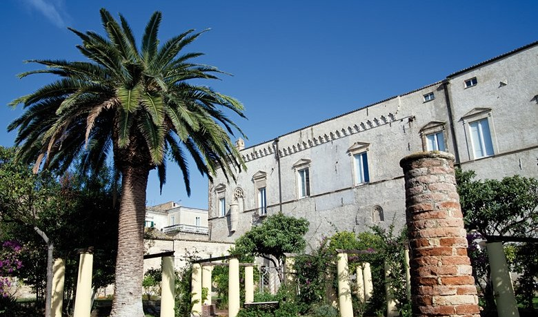 Palazzo-dAvalos-Vasto